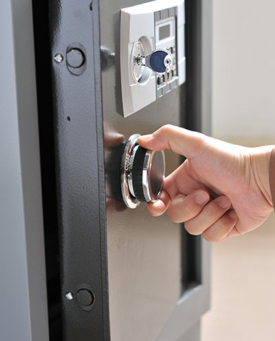 Top Locksmith Services Beverly Hills, CA 310-955-1397